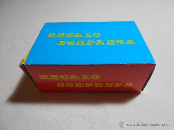 Juguetes antiguos y Juegos de colección: CAJA SOBRE SORPRESA VACIO BARATIJAS DE KIOSCO AÑOS 70 - Foto 3 - 40427856
