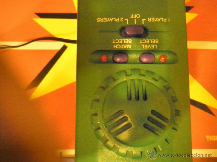 Juguetes antiguos y Juegos de colección: JUGUETE VINTAGE ELECTRONICO LASER TENIS TIGER ELECTRONICS - Foto 12 - 41291276