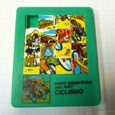 Juguetes antiguos y Juegos de colección: PUZZLE PUZLE ROMPECABEZAS MINI LABERINTO REF. 47 CICLISMO. Lote 42131629