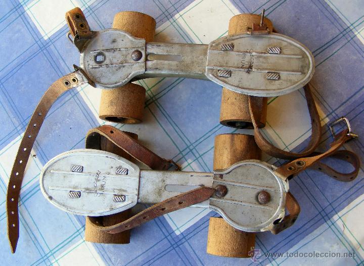 Patines muy antiguos tienen las ruedas de made comprar - Juguetes antiguos de madera ...
