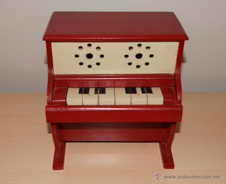 Juguetes antiguos y Juegos de colección: Antiguo PIANO de Juguete años 50 totalmente en madera. Funciona - Foto 8 - 42940838