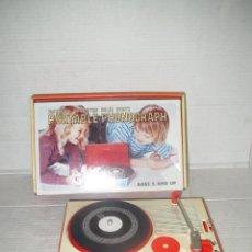 Juguetes antiguos y Juegos de colección: ANTIGUO TOCADISCOS DE JUGUETE EN CAJA ORIGINAL - AÑO 1970S.. Lote 44139597