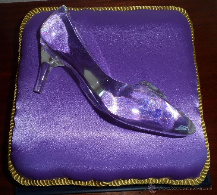 Juguetes antiguos y Juegos de colección: Master Replicas Cinderella Glass Slipper Limited Edition 2004 - Disney Showcase ¡Impecable! - Foto 4 - 45112259