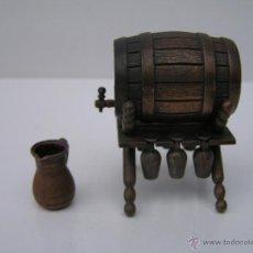 Juguetes antiguos y Juegos de colección: ANTIGUO SACAPUNTAS / AFILALAPICES MARCA: EMB - MARTI, MODELO:1028 - TONEL -(BARRIL) - SIMILAR PLAYME. Lote 188489526