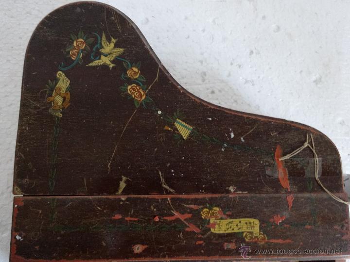 Juguetes antiguos y Juegos de colección: PIANA DE JUGUETE EN MADERA - XXX 153 - Foto 8 - 42979349