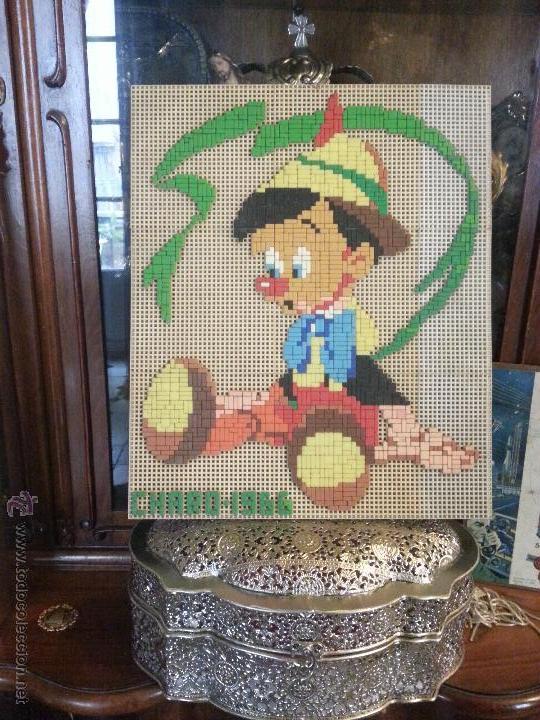 Juguetes antiguos y Juegos de colección: pinocho tipo colorines mosaico 1966 realizado a mano, juego placa para insertar piezas -sobre madera - Foto 2 - 47144107