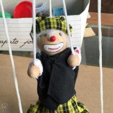 Antigua marioneta payaso madera