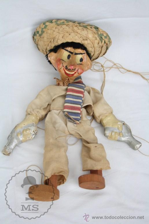 Juguetes antiguos y Juegos de colección: Antigua Marioneta de Cartón Piedra y Madera - Pistolero Mexicano - Restauración - 27 Cm Altura - Foto 2 - 48569097