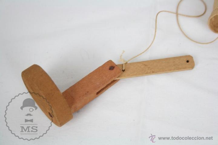 Juguetes antiguos y Juegos de colección: Antigua Marioneta de Cartón Piedra y Madera - Pistolero Mexicano - Restauración - 27 Cm Altura - Foto 5 - 48569097