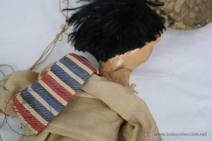 Juguetes antiguos y Juegos de colección: Antigua Marioneta de Cartón Piedra y Madera - Pistolero Mexicano - Restauración - 27 Cm Altura - Foto 11 - 48569097