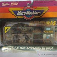 Juguetes antiguos y Juegos de colección: MICRO MACHINES AVENTURAS, ARMY, DE FAMOSA, EN BLISTER. CC. Lote 49682541