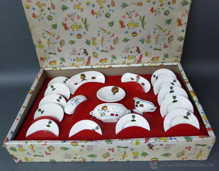 Caja vajilla muñecas cerámica decorada personajes Disney años 50 nueva en su caja, usado segunda mano