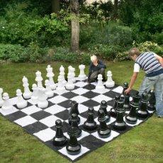 Juguetes antiguos y Juegos de colección: RECAMBIO PIEZA AJEDREZ GIGANTE. Lote 50874876