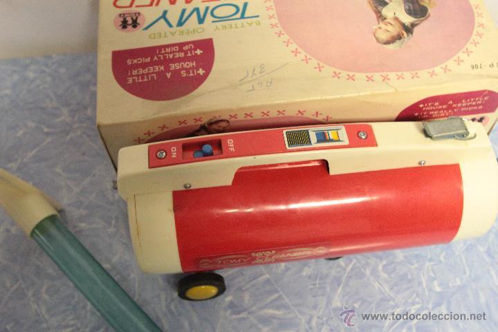 Juguetes antiguos y Juegos de colección: Antigua aspiradora de juguete, Tomy Cleaner, con caja - Foto 3 - 51394587