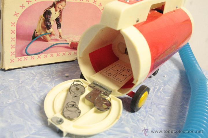 Juguetes antiguos y Juegos de colección: Antigua aspiradora de juguete, Tomy Cleaner, con caja - Foto 4 - 51394587
