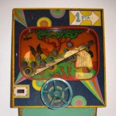 Juguetes antiguos y Juegos de colección: MAQUINA RECREATIVA FERIA MONEDA DRAGON BARCELONA ATRACCION TRAGAPERRAS FUENGIROLA MALAGA MUSEO (6. Lote 52860276