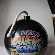 Juguetes antiguos y Juegos de colección: EXPOSITOR CHUPA CHUPS. BOMBA EXPLOSIVE KILLER GUM. BUEN ESTADO. AÑOS 80. Lote 52956392