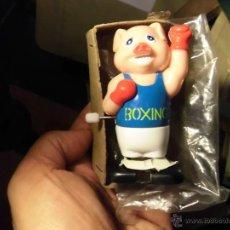 Juguetes antiguos y Juegos de colección - JUGUETE ANTIGUO muñeco boxin automata cerdito boxeador a cuerda automata andarin años 70 funciona - 53492263