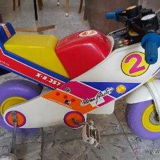 Juguetes antiguos y Juegos de colección: MOTO A PEDALES DE JUGUETE PARA NIÑOS, MARCA COLOMA Y PASTOR. Lote 54102685