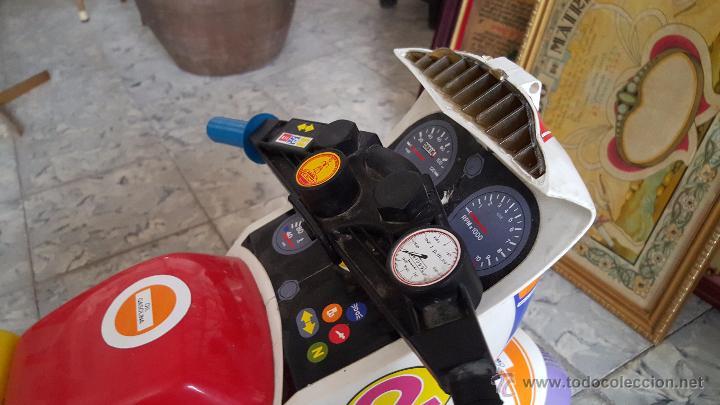 Juguetes antiguos y Juegos de colección: MOTO A PEDALES DE JUGUETE PARA NIÑOS, MARCA COLOMA Y PASTOR - Foto 2 - 54102685