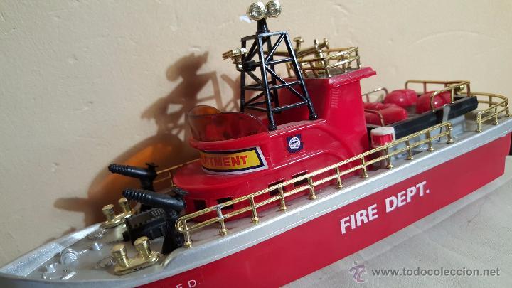 Juguetes antiguos y Juegos de colección: BARCO DE BOMBEROS, FIRE DEPT, DE new bright industrial, 1975, RARO! - Foto 5 - 54109699
