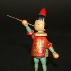 Juguetes antiguos y Juegos de colección: MUÑECO DE LOS ALMACENES JORBA. CELEBRACIÓN BODAS DE ORO 1911-1961. ESPAÑA. 1961.. Lote 54928283