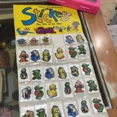 Juguetes antiguos y Juegos de colección: STICKERS TRIDIMENSIONALES CON OJOS DE KIOSKO - SET PRACTICAMENTE COMPLETO. Lote 56802266