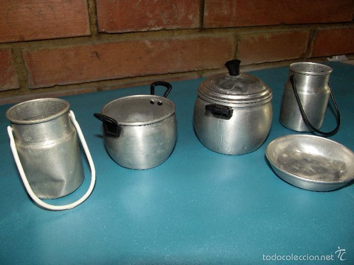 Subasta Cacharritos De Años 50 Aluminio Vendido Cocina En 60 9WID2HE