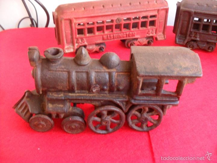 Juguetes antiguos y Juegos de colección: antiguo tren hierro,grande,pesa 5 kilos,años 40? no hay otro,hierro fundido,envio 7,50 certificado - Foto 2 - 177003684