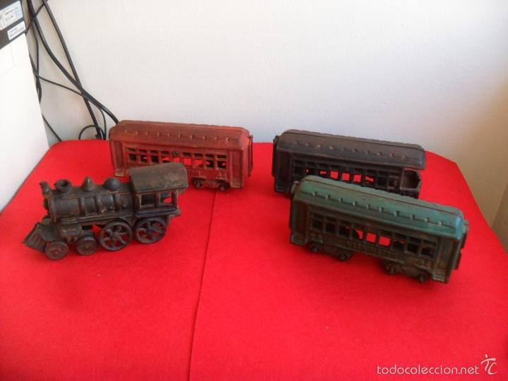 Juguetes antiguos y Juegos de colección: antiguo tren hierro,grande,pesa 5 kilos,años 40? no hay otro,hierro fundido,envio 7,50 certificado - Foto 5 - 177003684