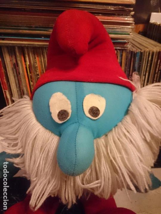 Juguetes antiguos y Juegos de colección: Antiguo muñeco de peluche de papa pitufo Los pitufos - Foto 2 - 62110288