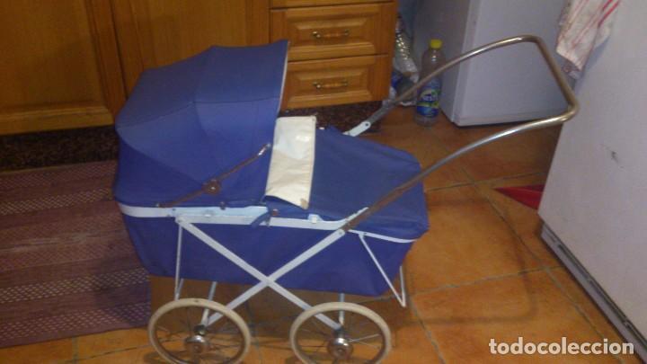 Juguetes antiguos y Juegos de colección: Antiguo carrito de bebe para muñecas de 60/70 cm,o para niñas. - Foto 5 - 67477033
