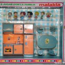 Juguetes antiguos y Juegos de colección: A JUGAR CON LA FAMILIA MAFALDA COCINA COMEDOR. [NUEVO EN CAJA] SIMILAR MISS MARY BERDU´S. Lote 67674889