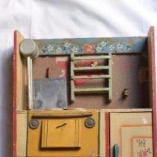 Juguetes antiguos y Juegos de colección: COCINA JUGUETE MADERA DENIA. Lote 76767291