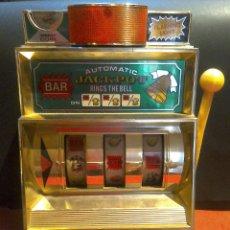 Juguetes antiguos y Juegos de colección: BONITA MAQUINA TRAGAPERRAS AÑOS 80 JAPONESA. Lote 77412886