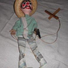 Juguetes antiguos y Juegos de colección: MARIONETA MEXICANA DE UN PISTOLERO. Lote 80495221