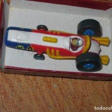Juguetes antiguos y Juegos de colección: COCHE ANTIGUO AUTOS LOCOS ORIGINAL SUPERHETERODINO DRAG RACER W 9 MARCA HB & HEATT DE PEDRO BELLO. Lote 81533340
