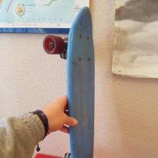 Juguetes antiguos y Juegos de colección: ANTIGUO MONOPATIN PATINETE SKATE SKATEBOARD TABLA BANANA VINTAGE AÑOS80 TIPO SANCHESKI NAI AMAYA. Lote 115615948
