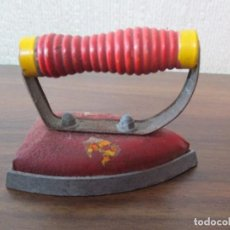 Juguetes antiguos y Juegos de colección: PLANCHA DE JUGUETE . Lote 86264260