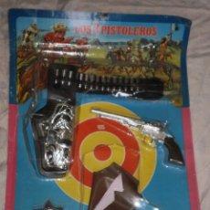 Juguetes antiguos y Juegos de colección: BLISTER GRANDE SIN ABRIR , LOS 3 PISTOLEROS . JUGUETES BERNABEU GISBERT ( MADE IN SPAIN ) , AÑOS 70. Lote 88347532