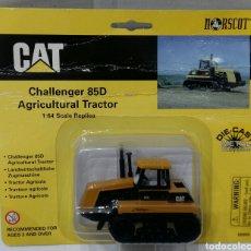 Juguetes antiguos y Juegos de colección: NORSCOT CAT CHALLENGER 85D. NUEVO EN BLISTER. CATERPILLAR. TRACTOR ESCALA 1 : 64. 1998. TIPO JOAL. Lote 90844053