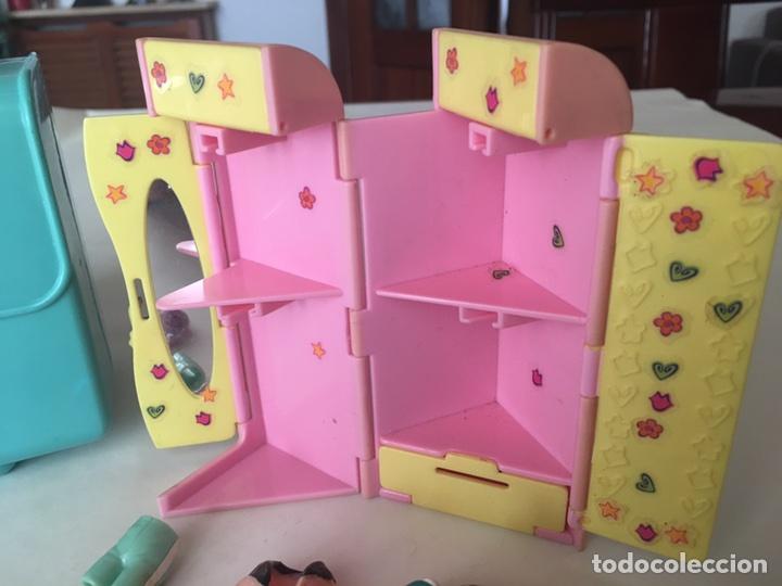 Juguetes antiguos y Juegos de colección: Polly pocket Maletin casa y armario con Ropita años 90 - Foto 7 - 92994643