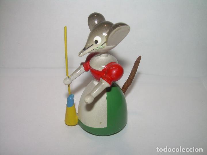 Juguetes antiguos y Juegos de colección: MUÑECO DE MADERA....GOULA...PERFECTO ESTADO DE CONSERVACION. - Foto 2 - 93833690