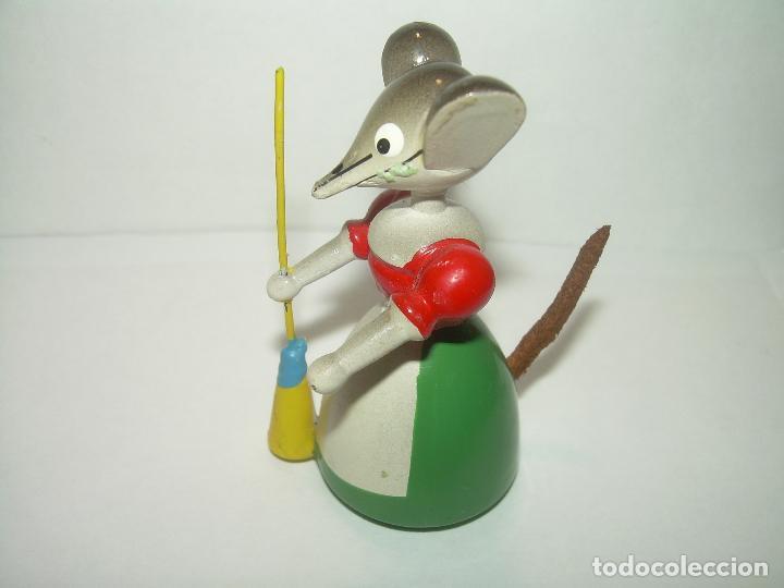 Juguetes antiguos y Juegos de colección: MUÑECO DE MADERA....GOULA...PERFECTO ESTADO DE CONSERVACION. - Foto 4 - 93833690