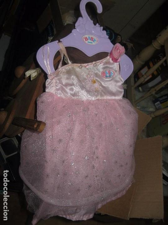2c9144bcf 3 fotos ANTIGUO VESTIDO FIESTA DE MUÑECA BABY BORN ZAPF GERMANY CON SU  PERCHA SIN USAR (Juguetes ...