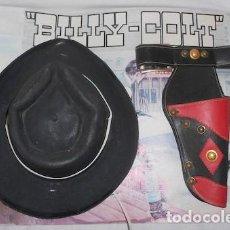 Juguetes antiguos y Juegos de colección: SOMBRERO Y PISTOLERA DE VAQUERO O COW BOY BILLY COLT, DE PLÁSTICO. Lote 95395687