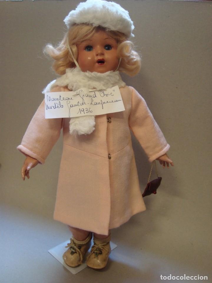 Abrigo y complementos para muñeca francesa Bleuette segunda mano