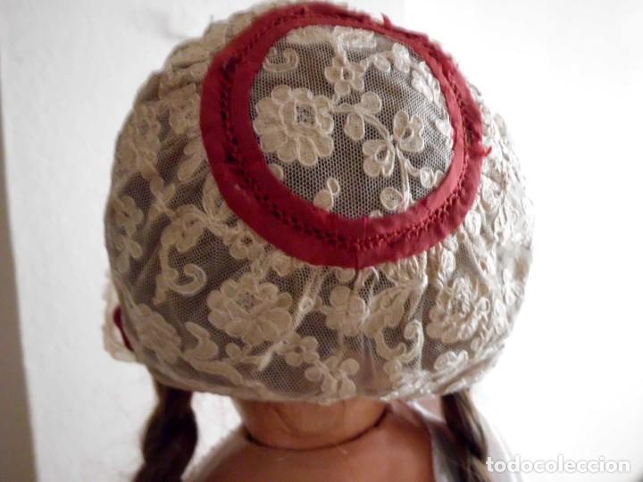 Juguetes antiguos y Juegos de colección: Antigua capota o gorro de tul bordado para muñeca antigua - Foto 3 - 97226827