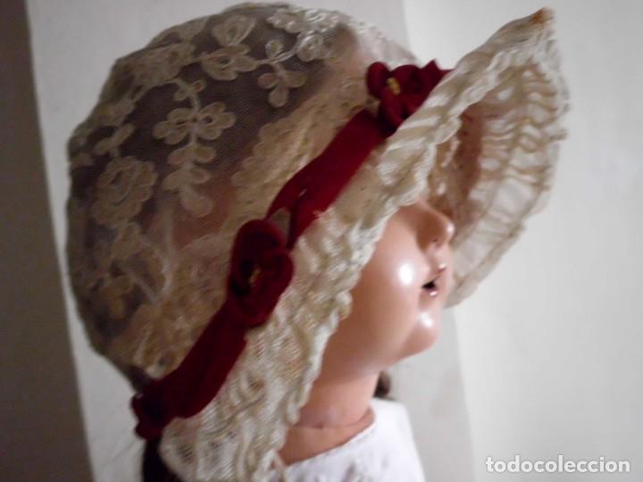 Juguetes antiguos y Juegos de colección: Antigua capota o gorro de tul bordado para muñeca antigua - Foto 4 - 97226827