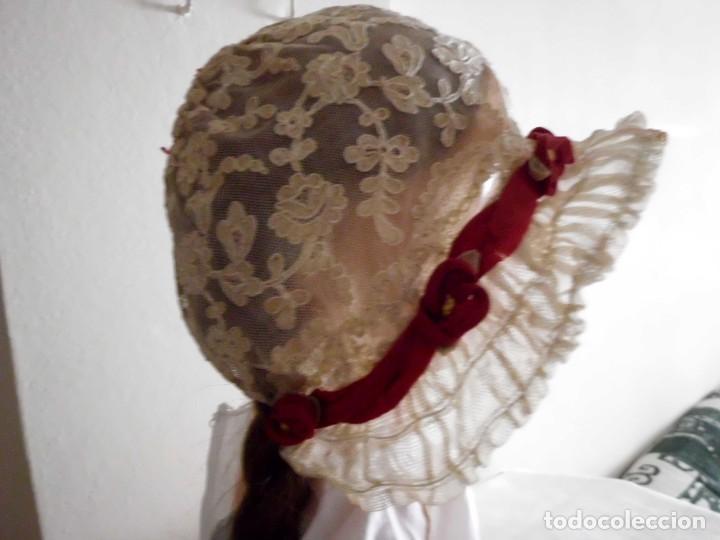 Juguetes antiguos y Juegos de colección: Antigua capota o gorro de tul bordado para muñeca antigua - Foto 5 - 97226827